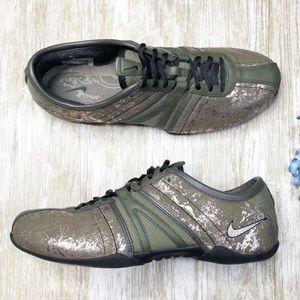 {Nike} Nike Air Capri Sneakers Bronzed Olive Gold